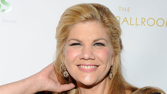 News video: Kristen Johnston Reveals She Was